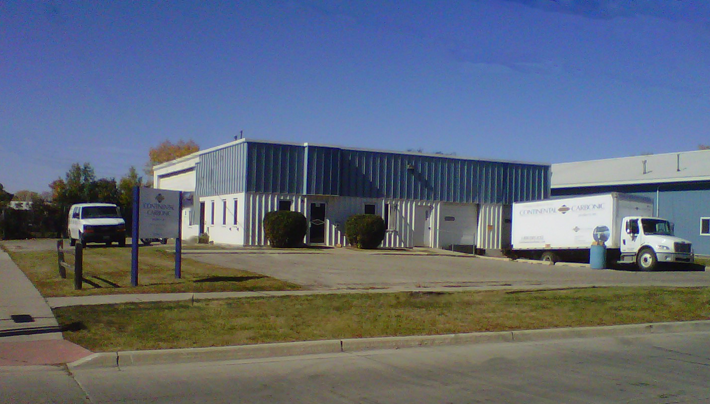 Continental Carbonic, manufacturer of dry ice, is located at 25 14th Street South Fargo, ND 58103.